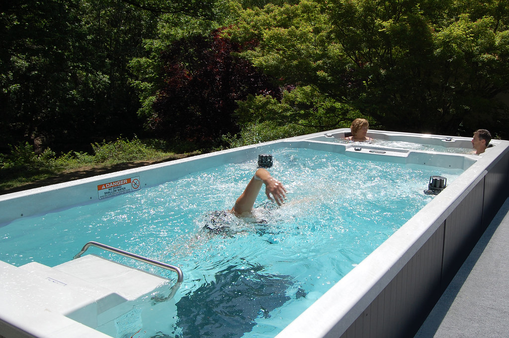 19\' Dual Temperature Endless Pool Swim Spa | www.EndlessPool ...