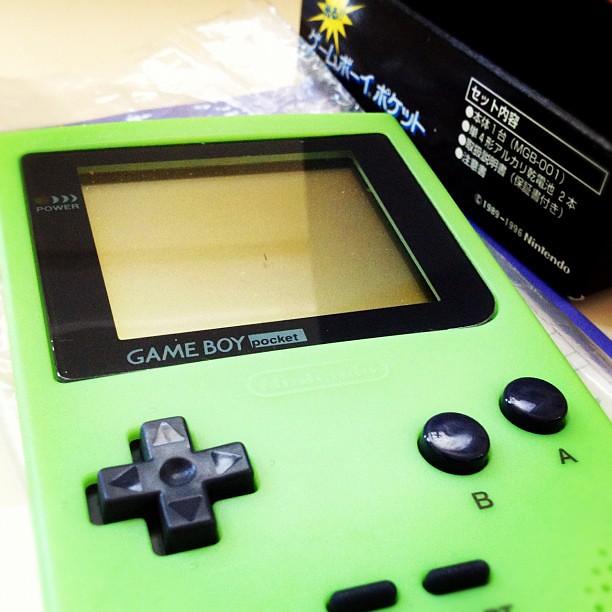 Game Boy Pocket Imagineer Glow-in-the-dark MGB-001 Limited…   Flickr
