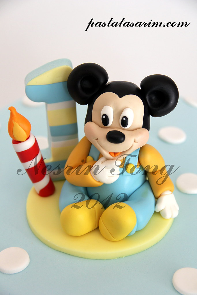Admirable Baby Mickey Mouse 1St Birthday Cake Cake By Nesrin Tong Flickr Funny Birthday Cards Online Alyptdamsfinfo