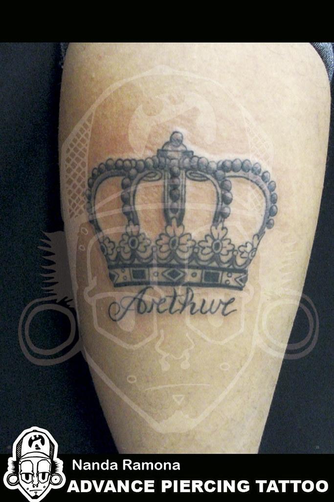 Tatuagem De Coroa Na Perna Tatto Feminina Tatuagem Na Pern