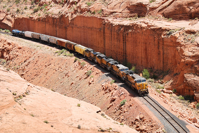 Potash train in Bootlegger Canyon... 20120506_8883