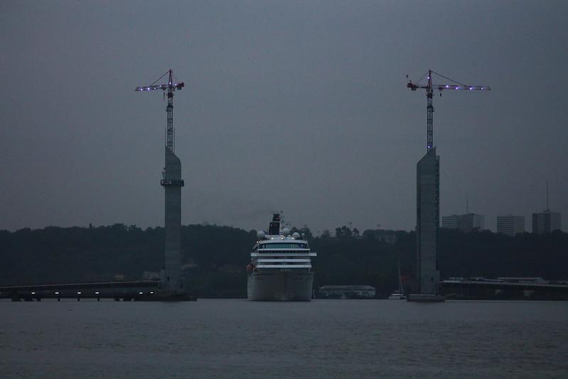 Pont Bacalan-Bastide - Accostage du paquebot Crystal Symphony - Port de Bordeaux - 18 mai 2012