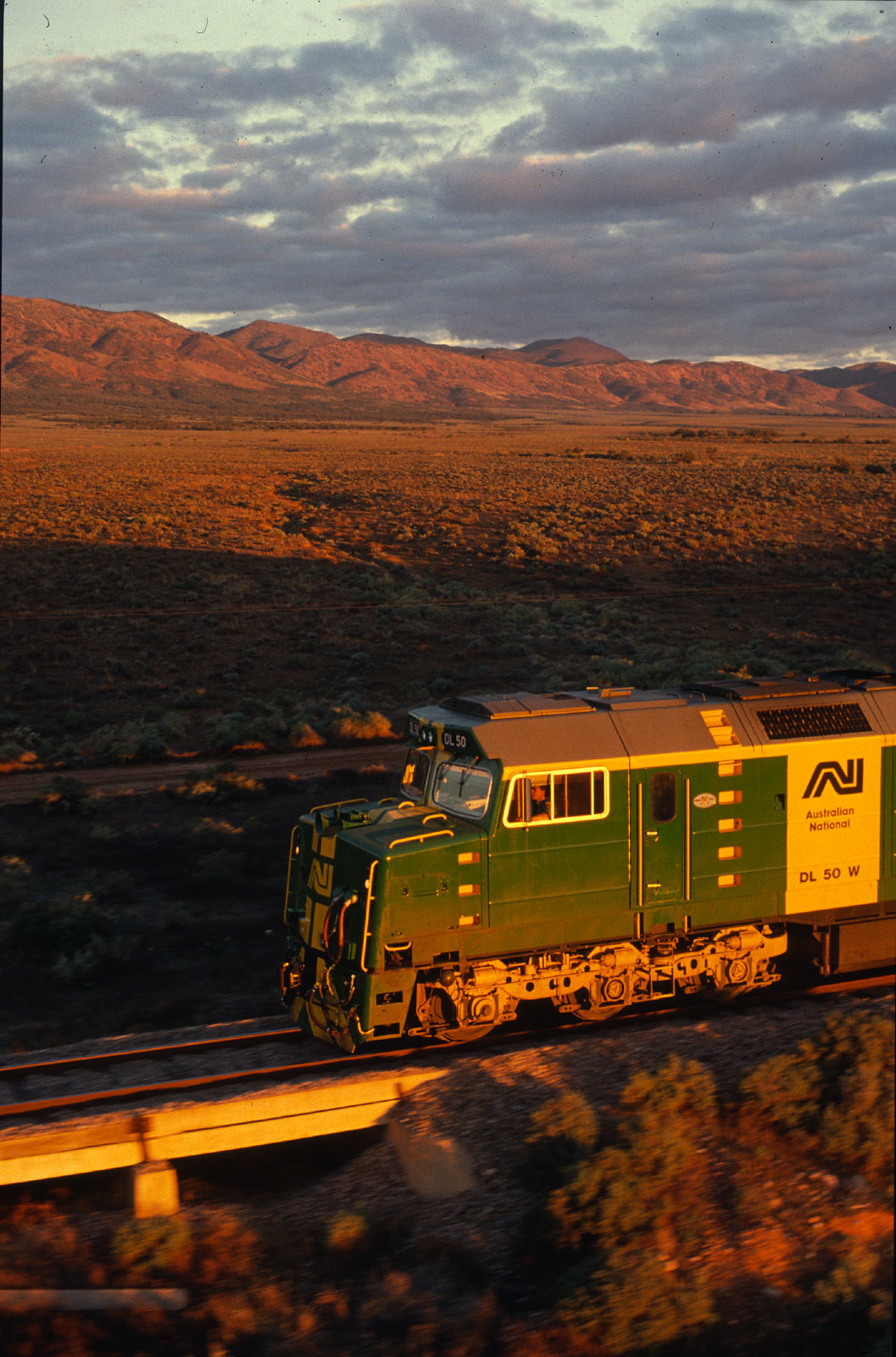 Whyalla line -  loco DL50 - AN# L-17-6 by Chris