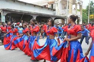 Dancing With Haitians At La Fete De >> Haiti Post Seisme Celebration De La Fete Du Drapeau A St M Flickr