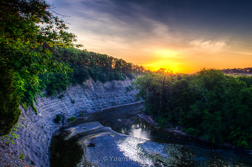 park light cliff nature sunrise river lens landscape photography angle forrest pentax si cleveland wide rocky center system valley da smc 自然 limit hdr reservation k5 metroparks 日出 森林 摄影 清晨 山谷 宾得 15mmf4 yuanshuai pentaxart dashuai 司远帅 克利夫兰 大帅 岩石河