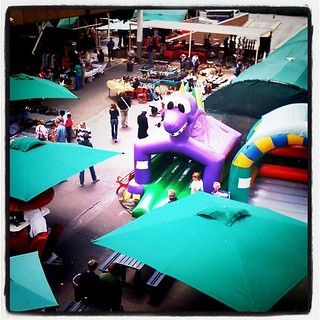 Rosebank flea market   by Tjpytheas
