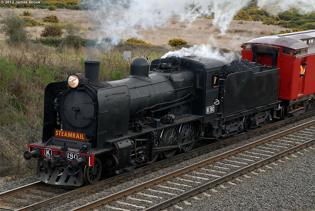 K190 at Warrenheip by James Brook