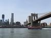 New York – Brooklyn Bridge mezi Manhattanem a Brooklynem z řeky East River, foto: Luděk Wellner