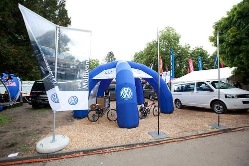 VW Multivan   by Bike Days Schweiz