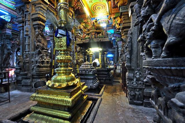 India - Tamil Nadu - Madurai - Meenakshi Amman Temple - 119