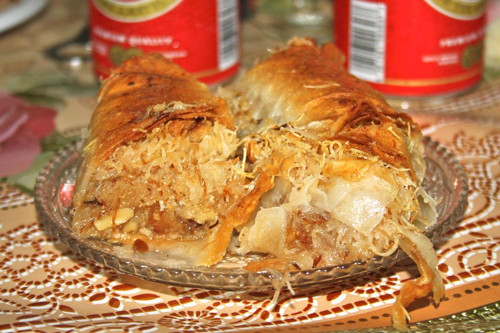 Half kadaif half baklava