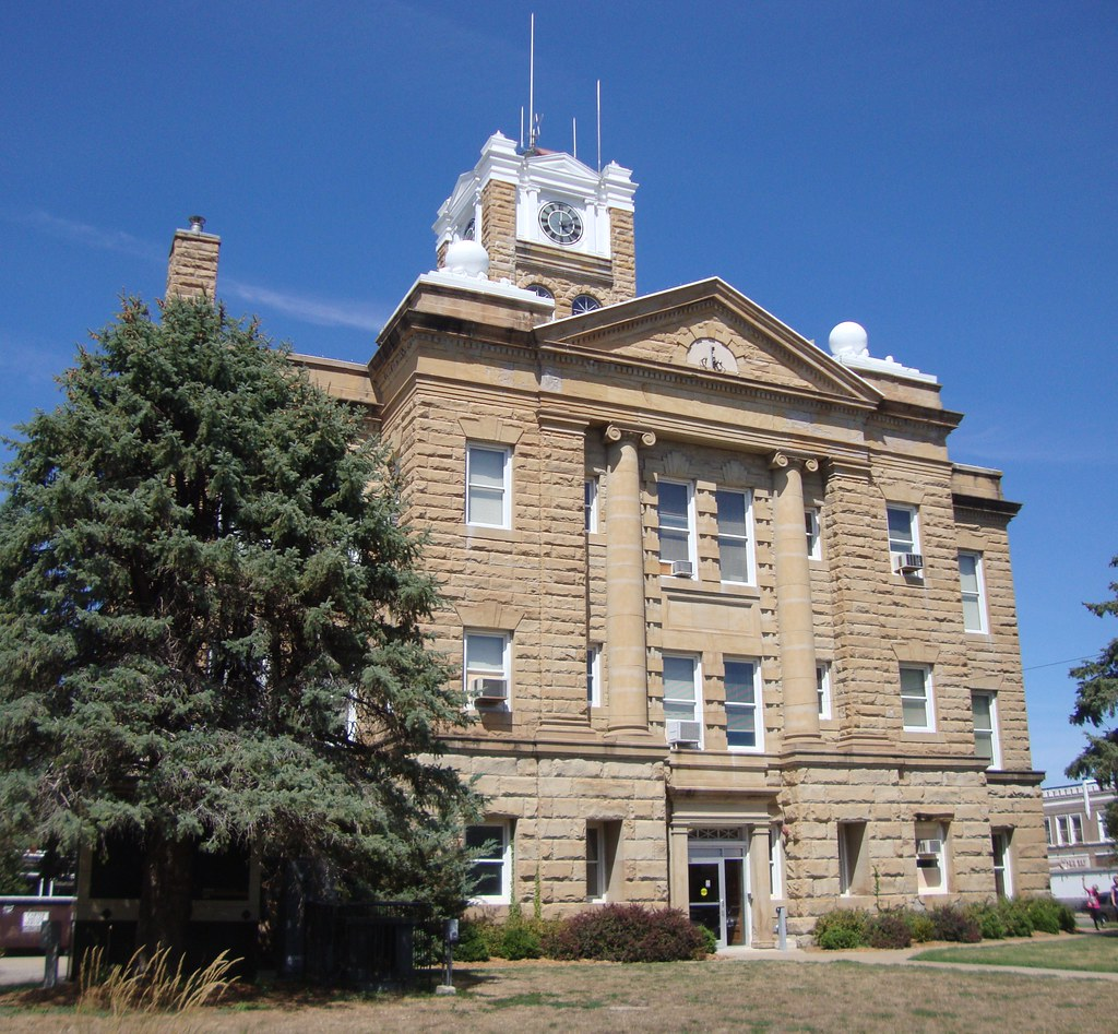 Monroe County Courthouse (Albia, Iowa) | Oliver O  Smith des