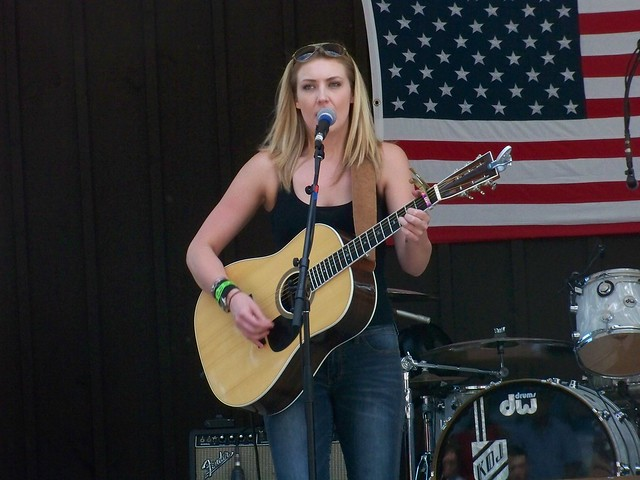 Sat, 06/30/2012 - 2:18pm - Kiley Evans opening for Chris Isaak at the Indian Ranch.