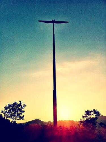 sunset art japan museum photography photo asia flickr picture 日本 tw 美術 iphone 夕焼け tsumari 写真 妻有 とんぼ 芸術 iphoneography iphoneographer iphoneonly