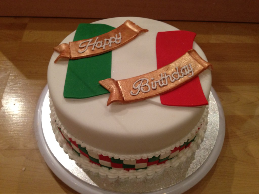 Awe Inspiring Italian Flag Birthday Cake Shell1506 Flickr Personalised Birthday Cards Beptaeletsinfo