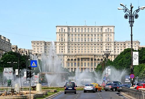 Romania-1193 - Union Square | by archer10 (Dennis)