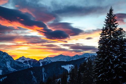 trees winter sunset italy snow mountains alps cold clouds montagne nikon italia snowy valle monte peaks alpi orobie bergamo lombardia lombardy avaro brembana pianidellavaro d5100