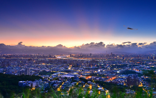 sky mountain sunrise dawn taiwan rays 台灣 晨曦 日出 大同山 霞光 晨彩 樹林區 newtaipei 新北市 datounmountain 青龍嶺觀景台 shulindst