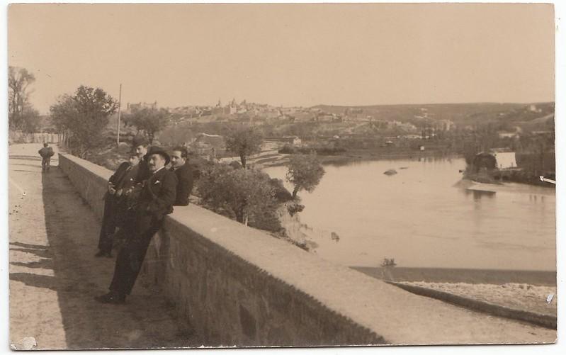 Vista desde la carretera de Ávila junto al río Chico a comienzos del siglo XX. Colección personal de Luis Alba.