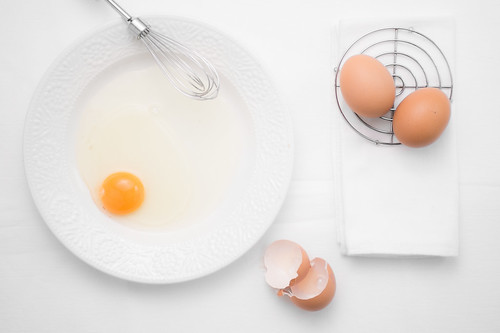 eggs on white | by krisjacobs.be reportage/event/product