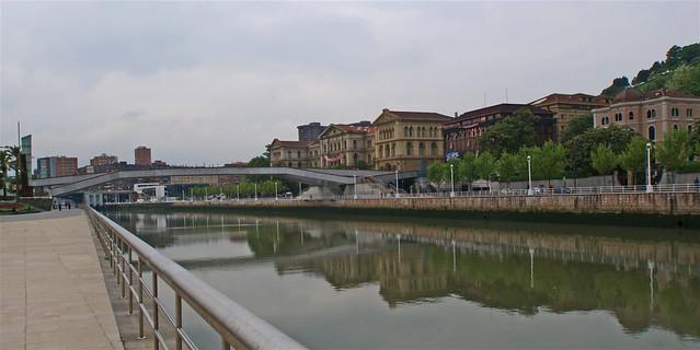 Bilbao scorcio del fiume