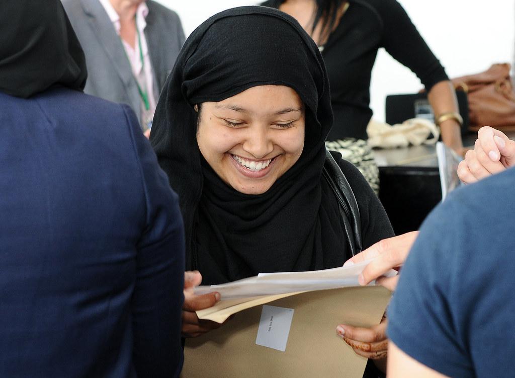 Nashia Rahman, 18, image 2