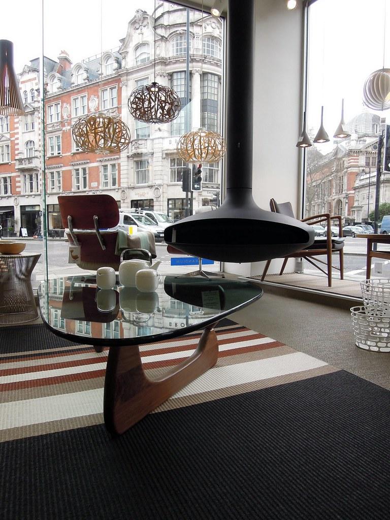 Noguchi table and Gyrofocus fireplace - London's modern