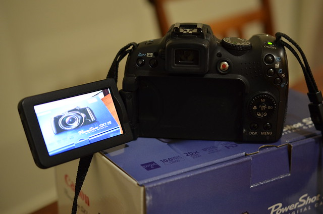 FOR SALE: Canon PowerShot SX1IS