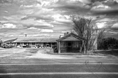 bw monochrome canon virginia motel 60d