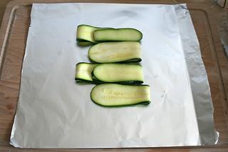 23 - Mit Zucchini belegen / Plate with zucchini | by JaBB