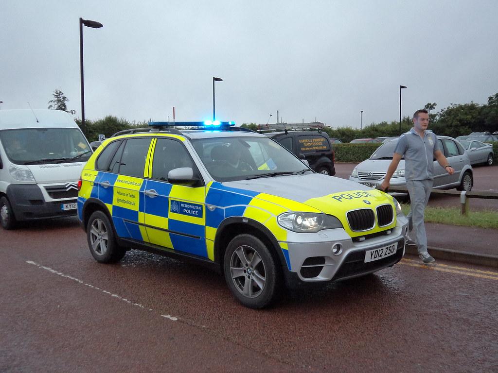 Met Police BMW X5 (YD12ZSO) BMWTR3
