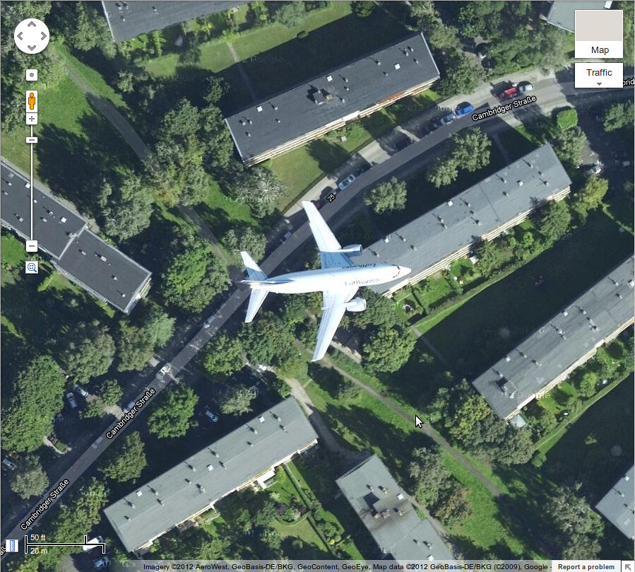 Spotted an Airplane on Google Maps in Berlin | An airplane f ... on sketchup airplane, google satellite live camera, google earth airplane, apple maps airplane, facebook airplane, google airplane simulator, mapquest by airplane,