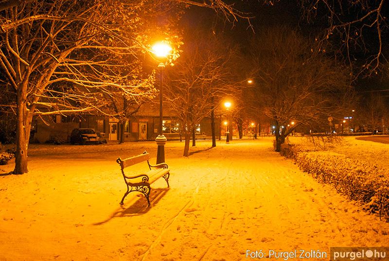 Téli pihenő a Kossuth téren