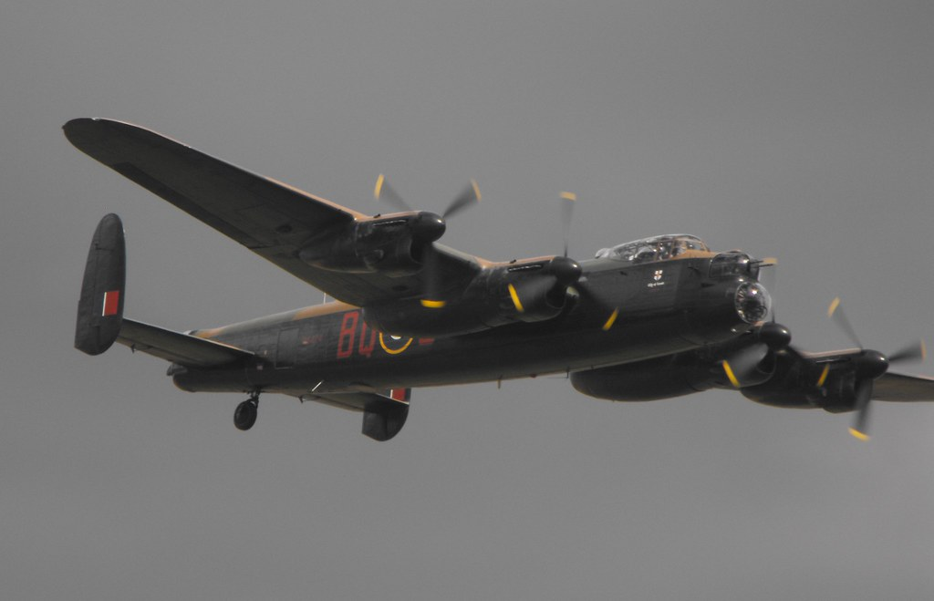 BBMF Avro Lancaster - PA 474 @ Shuttleworth 2012
