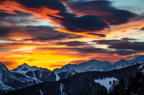 winter sunset italy snow mountains alps cold clouds montagne nikon italia snowy valle monte peaks alpi orobie bergamo lombardia lombardy avaro brembana pianidellavaro d5100