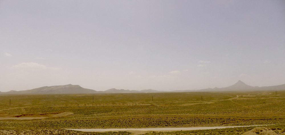yazd-shiraz-L1030055