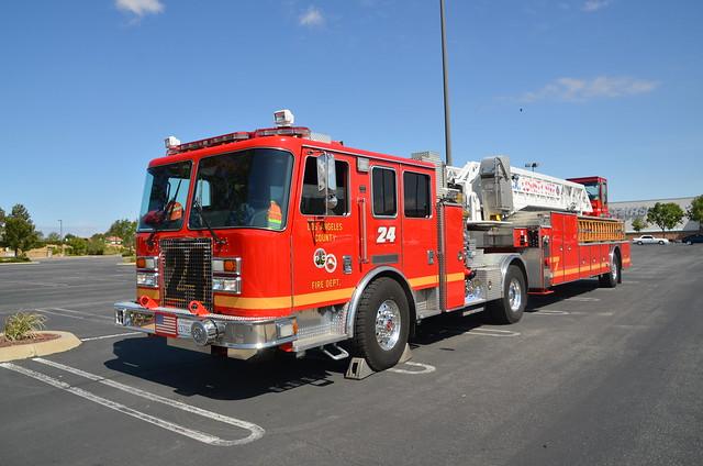 LA County Fire Rescue QUINT 24
