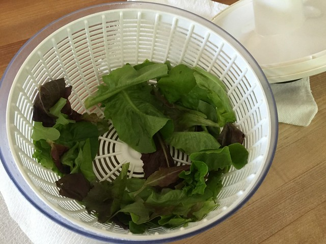 salad spinner with clean lettuce