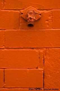 Orange Wall Patina - Pared Naranja