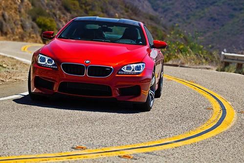 2013_BMW_M6_Coupe...05 Photo