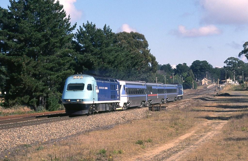 31/05/1995 #ST12 X2000 service @ Wingello by John  Hammett