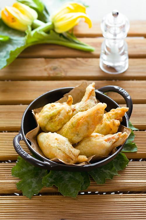 Fiori Fritti.Fiori Di Zucca Fritti Ripieni Di Patate E Pinoli Al Curry Flickr