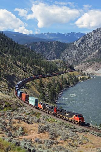 railroad canada cn train bc britishcolumbia stack morris canadiannational thompsonriver intermodal doublestack drynoch thompsonrivercanyon trainno102