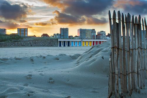 travel sky holiday france color colour beach sunrise fence dawn sand glow dunes nordpasdecalais beachhuts letouquet