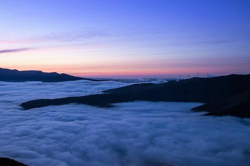 sky mountain mountains portugal clouds sunrise dawn eolic oliveiradohospital eolicopark montedocolcurinho
