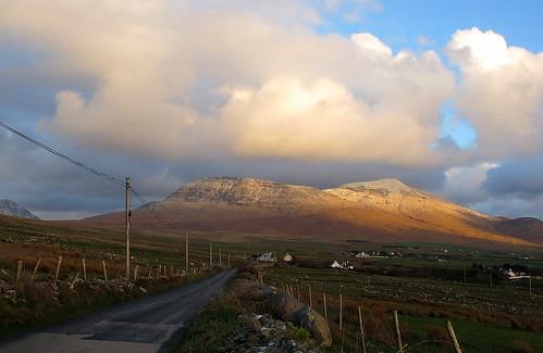 ireland sunset mountain snow clouds landscape esb mayo hailstorm mweelrea atlantictoimmediateright