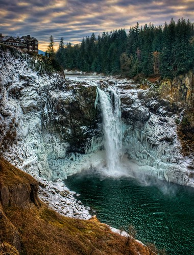 seattle winter cold waterfalls pacificnorthwest snoqualmiefalls washingtonstate hdr snoqualmie salishlodge canonrebelxsi fresnatic frozensnoqualmiefalls