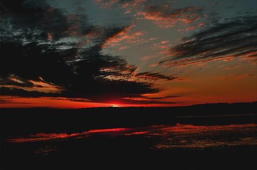 summer sky sun water clouds sunrise dawn nikon connecticut newengland july rise northeast morningsky moring southeastern sunrisephoto d5000 sunrisephotos summersunrise newenglandsunrise connecticutsunrise julysunrise