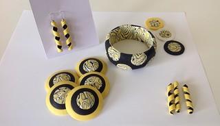 Yellow black pieces   by saashka