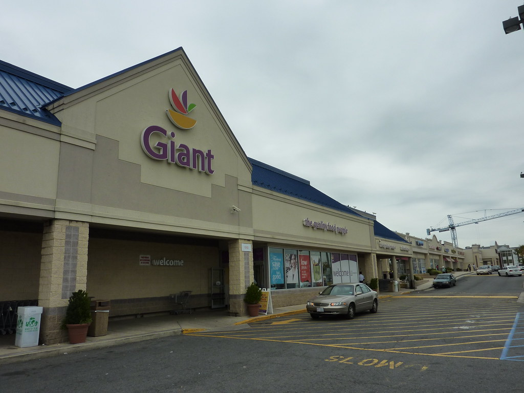 Rhode Island Avenue, NE/Brentwood | Giant Food Stores | Flickr
